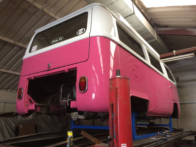 1968 VW T2 Bay window camper van pink devon roof
